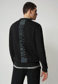 Napapijri - B-SURF CREW - Stickad tröja - black - 2