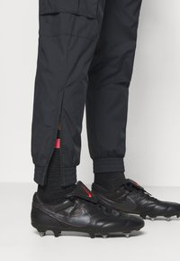 Nike Performance - PARIS ST GERMAIN PANT - Club wear - black/truly gold - 3