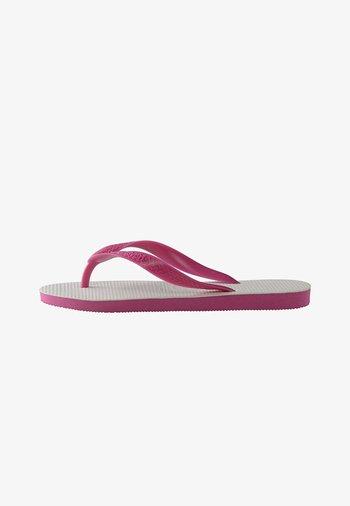 TRADICIONAL - Pool shoes - white, pink