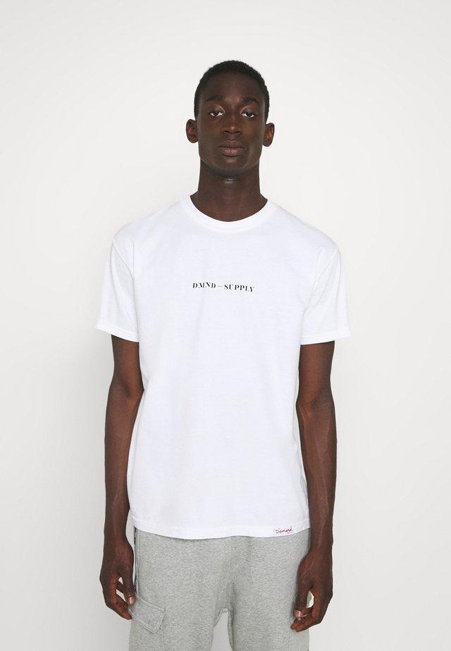 UTILITY TEE - Print T-shirt - white