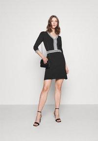Morgan - Shift dress - noir/off white - 1