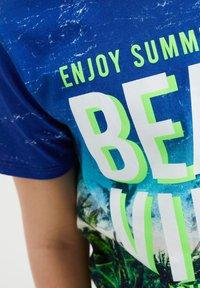 WE Fashion - T-shirt con stampa - multi-coloured - 2