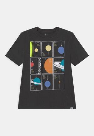 BOYS INTERACT - Print T-shirt - clean coal