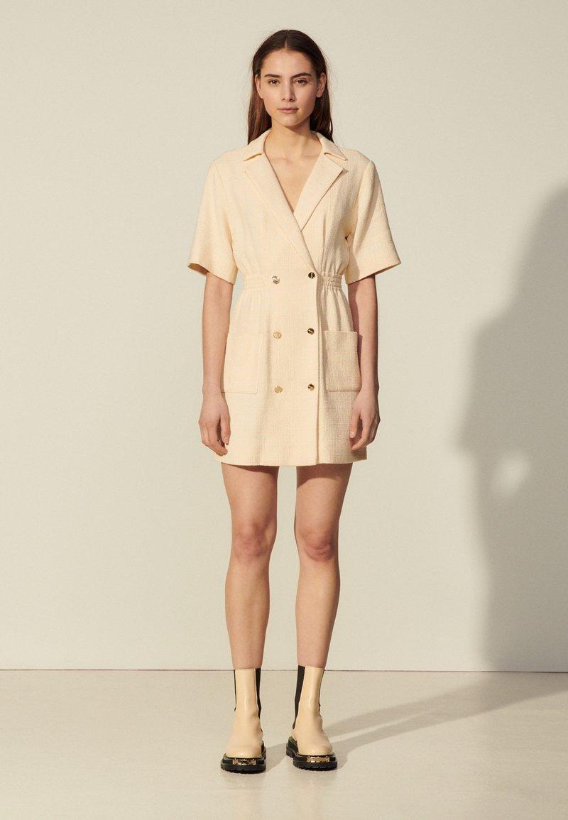 sandro - Day dress - vanille