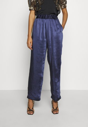 YOUNG LADIES PANTS