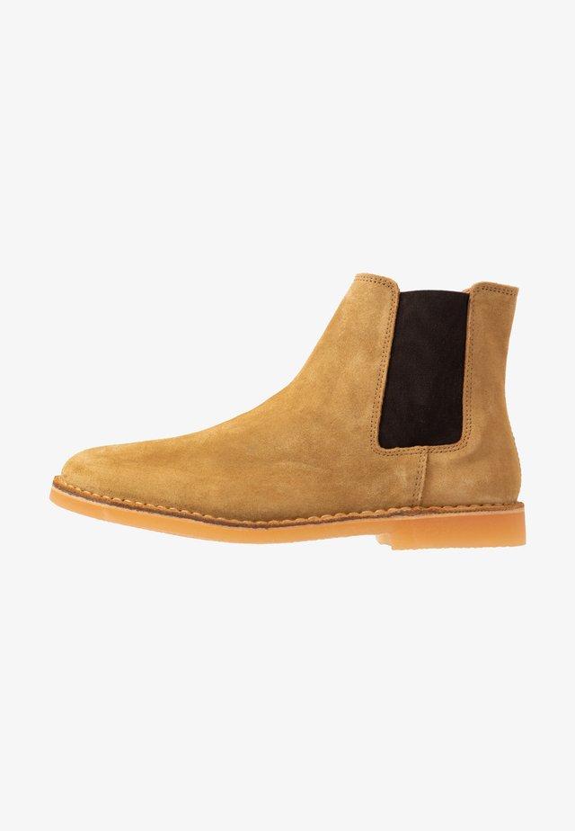 SLHROYCE CHELSEA BOOT - Kotníkové boty - sand