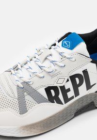Replay - SPORT LOUD - Trainers - white/black/royal - 5