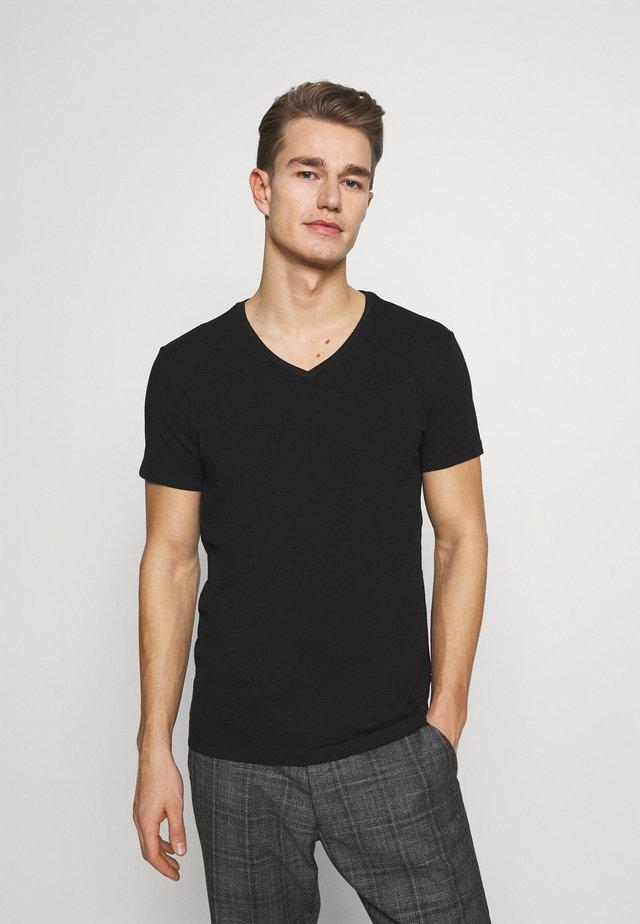 LINCOLN VNECK - T-shirt basique - black