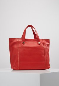 Liebeskind Berlin - TOTEM - Handbag -  red - 2