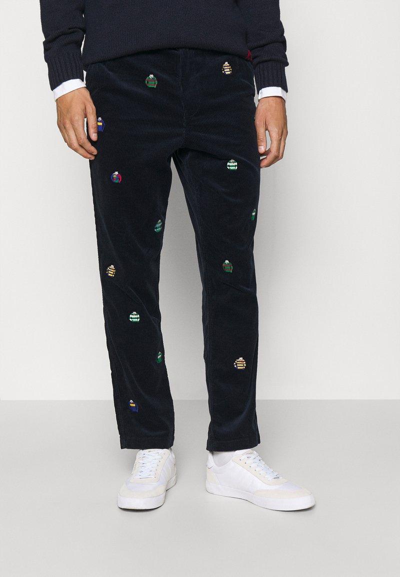 Polo Ralph Lauren - FLAT FRONT - Trousers - hunter navy