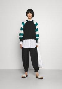 Paul Smith - STRIPE PRINT - Sweatshirt - black - 1