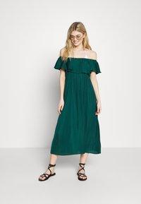 Women Secret - SHORT SLEEVES MEDIUM DRESS - Complementos de playa - pine green - 1