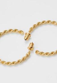 Orelia - CHUNKY TWIST HOOP EARRIGS - Earrings - pale gold-coloured - 3