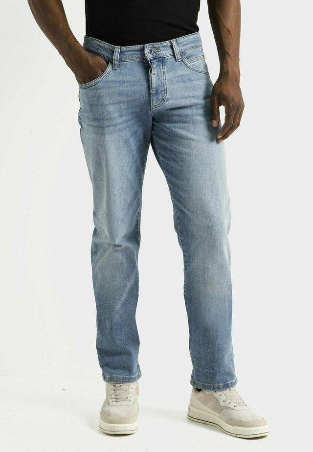 Straight leg jeans - bleach blue