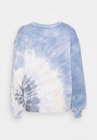 Abercrombie & Fitch - TERRY CUTOFF CREW PATTERN - Sweatshirt - blue - 6