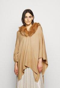 Lauren Ralph Lauren - RUANA - Cape - classic camel - 0