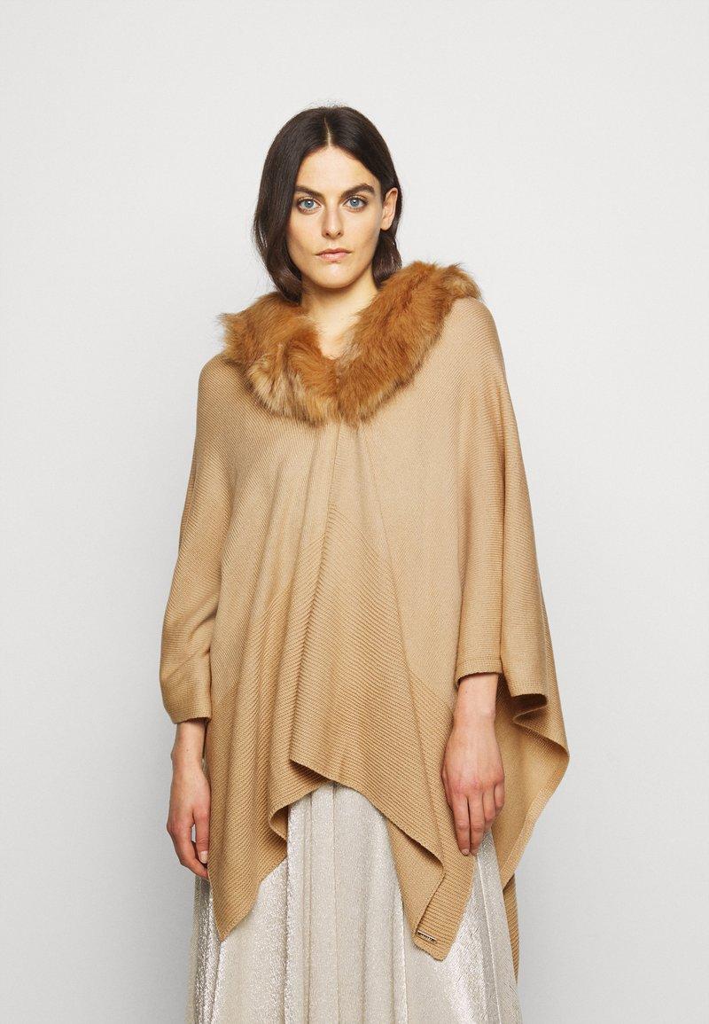 Lauren Ralph Lauren - RUANA - Cape - classic camel