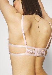 Bluebella - LENNON BRA - Underwired bra - pale pink - 4