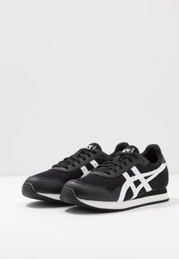 ASICS SportStyle - TIGER RUNNER UNISEX - Trainers - black/white - 2