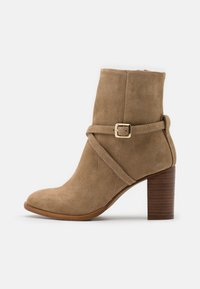 Zign - Classic ankle boots - light brown - 1