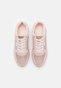 XTI - Sneakers laag - nude - 5