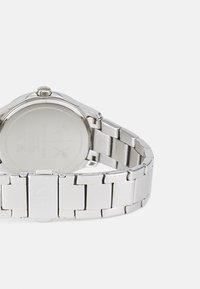 Armani Exchange - LADY HAMPTON - Hodinky - silver-coloured - 1