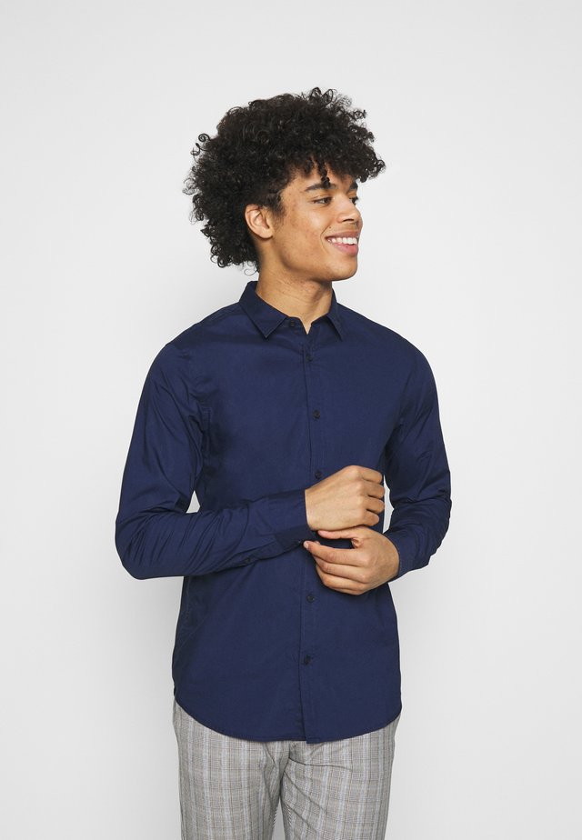 REGULAR FIT TONAL CHEST - Shirt - night