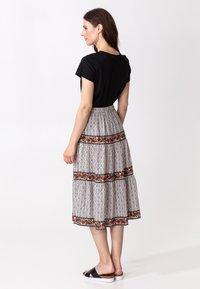 Indiska - ORA - Áčková sukně - beige - 2