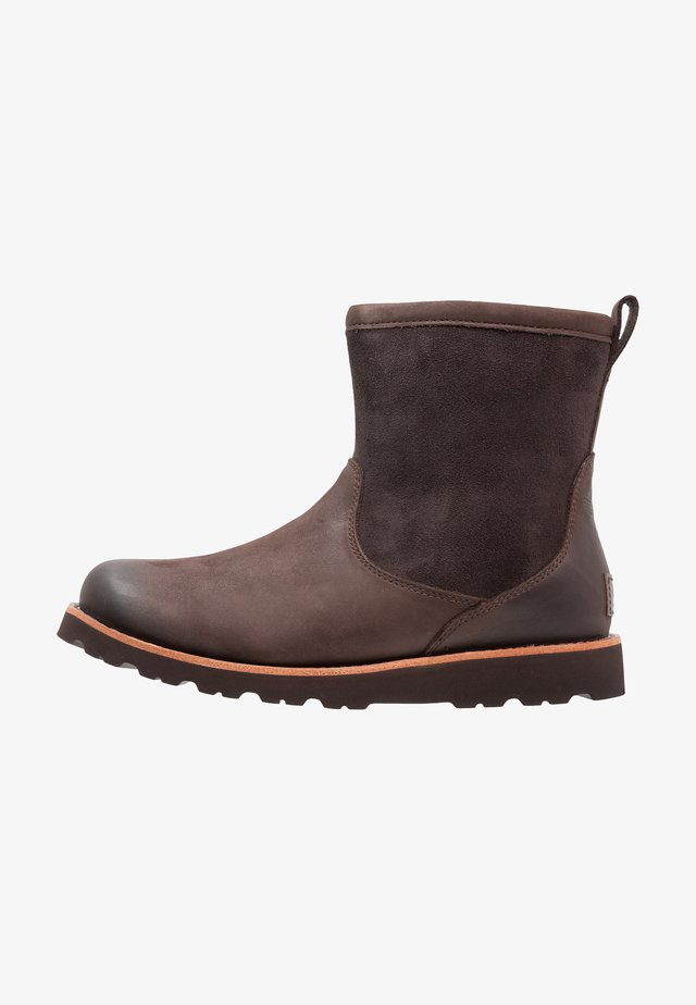 HENDREN - Vinterstøvler - stout