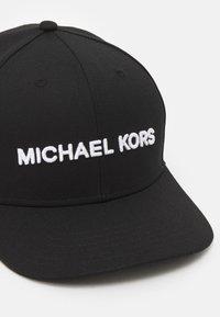 Michael Kors - CLASSIC LOGO HAT UNISEX - Cap - black - 5