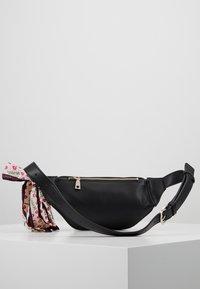 Love Moschino - Bum bag - nero - 2