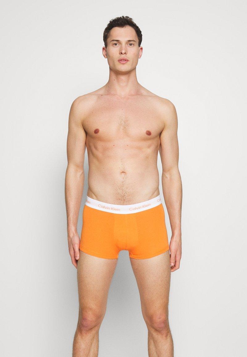 Calvin Klein Underwear - LOW RISE TRUNK 3 PACK - Culotte - khaki