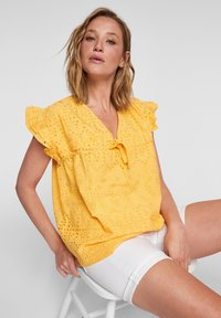 s.Oliver - ANGLAISE - Blouse - yellow - 5