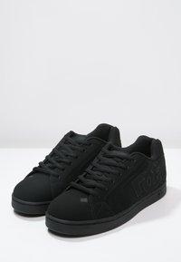 DC Shoes - NET - Obuwie deskorolkowe - black - 2