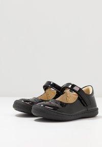 Primigi - Ankle strap ballet pumps - nero - 3