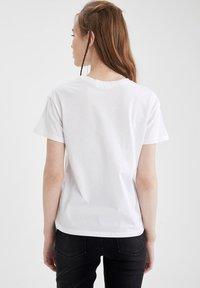 DeFacto - PACK OF 2 - Basic T-shirt - karma - 3