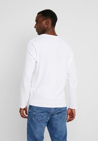 TOM TAILOR - BASIC LONGSLEEVE - Langærmede T-shirts - white - 2