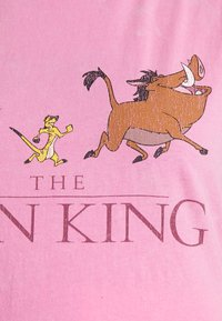 Cotton On - CLASSIC DISNEY - T-shirt con stampa - pink cherry blossom - 4