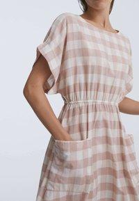 OYSHO - GINGHAM - Day dress - light pink - 2