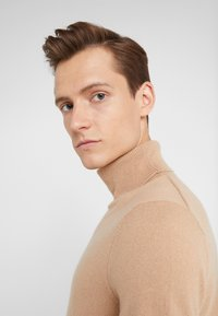 FTC Cashmere - ROLLNECK - Pullover - almond - 5