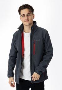 Jack Wolfskin - WHIRLWIND - Soft shell jacket - ebony - 0
