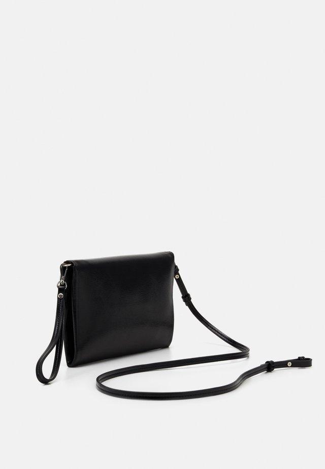 ENVELOPE BAG HYENA - Clutch - jet black