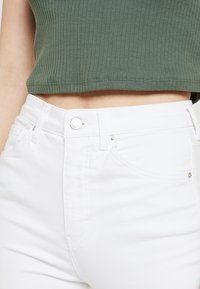 Topshop - JAMIE NEW - Jeans Skinny Fit - white - 4