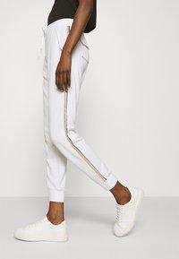 Liu Jo Jeans - PANT - Trousers - bianco/silver - 3
