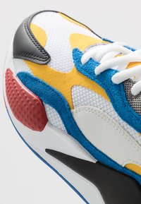 Puma - RS-X UNISEX - Sneakers basse - white/spectra yellow/black - 5