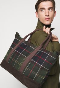 Barbour - ELGIN HOLDALL - Tote bag - multi-coloured/green - 0