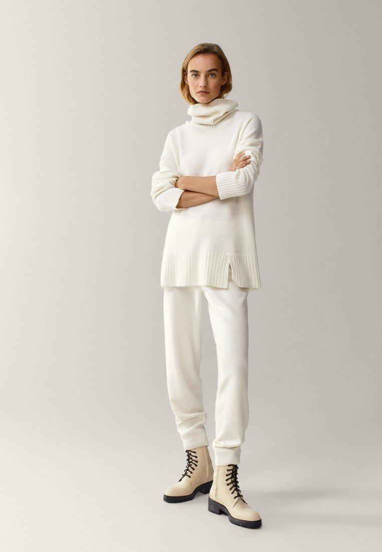 Massimo Dutti - MIT MANSCHETTENSAUM - Trousers - white