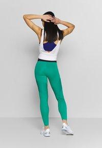 Nike Performance - AEROADAPT - Leggings - neptune green/black/metallic silver - 2