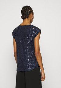 Dorothy Perkins - SEQUIN TEE - Print T-shirt - navy - 2