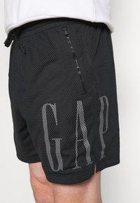 GAP - Szorty - true black - 5